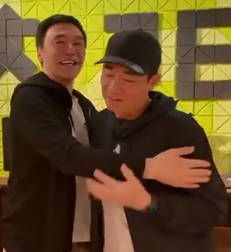 鍾鎮濤的神秘生日派對,陳小春也有出席。