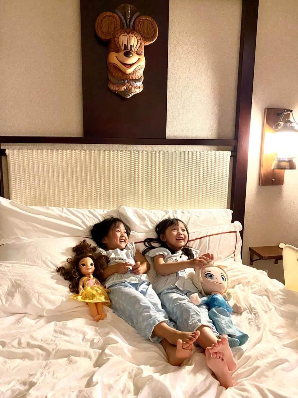 生完兩個女兒後,令她的世界變得更大,因為女兒很需要她照顧。