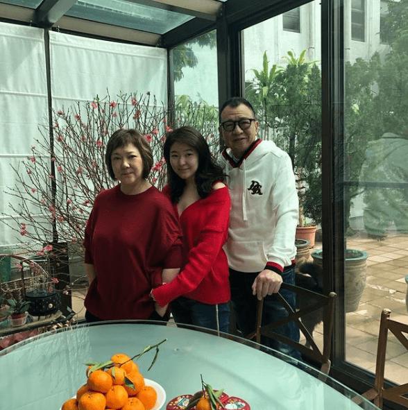 許紹雄與太太及女兒今年會留在新加坡過新年,共享天倫。