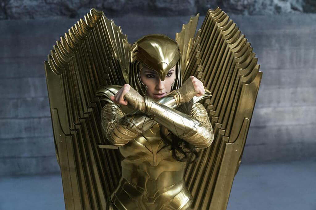 姬嘉鐸對這個黃金盔甲造型又愛又恨