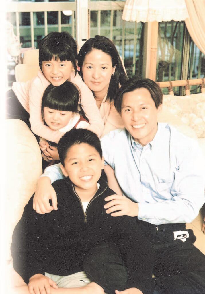 張國強和太太及三個子女曾移民加拿大,十多年前回流。