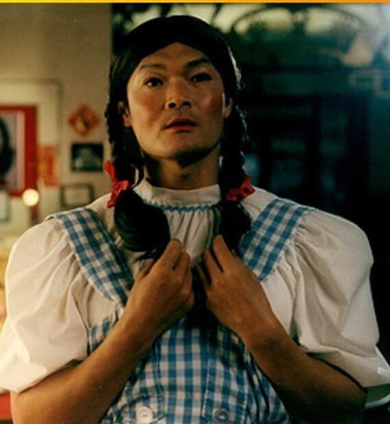 周文健在荷李活發展時,拍了一齣美國獨立喜劇電影《Kung Phooey》,有反串造型。