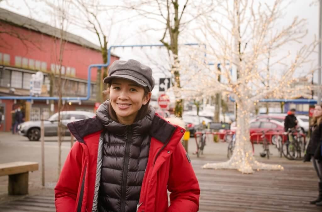 由香港來回加拿大合共要接受隔離一個多月,不過為了一解思鄉之苦,麥美恩仍然決定請假回加,她笑言加入了無綫十年,都沒有請過這麼長的假期。