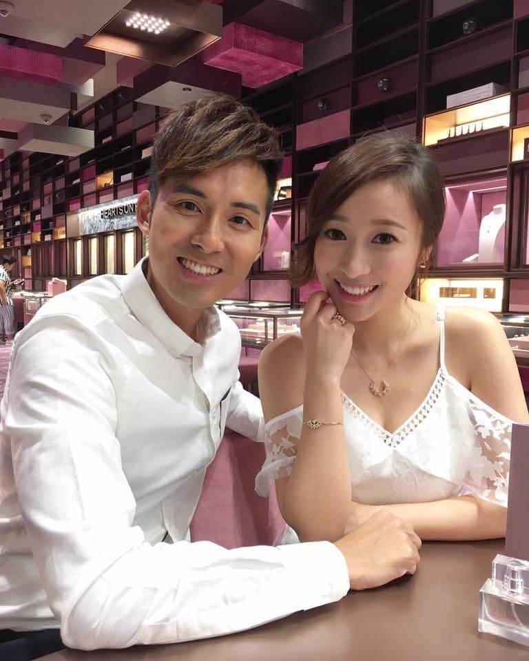 黃美棋和男友鍾健威因拍攝旅遊節目而認識,七年來感情穩定。