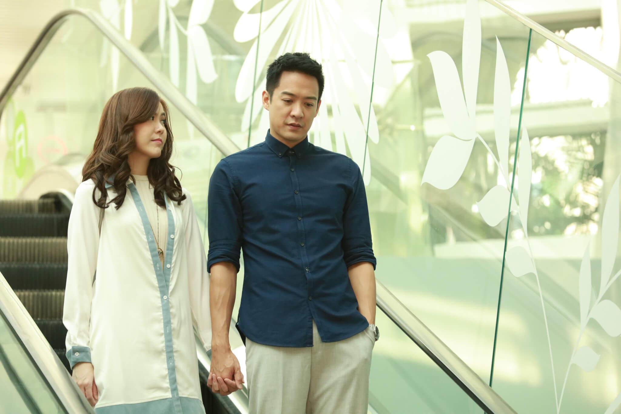 劇集《堅尼地愛堅尼地》與劉佩玥飾演情侶,亦是他在無綫最後一套劇集。