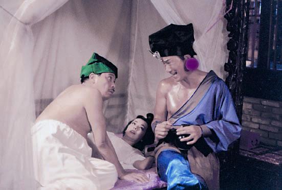 九三年電影《水滸笑傳》與許冠傑、毛舜筠合作,達哥做武大郎。