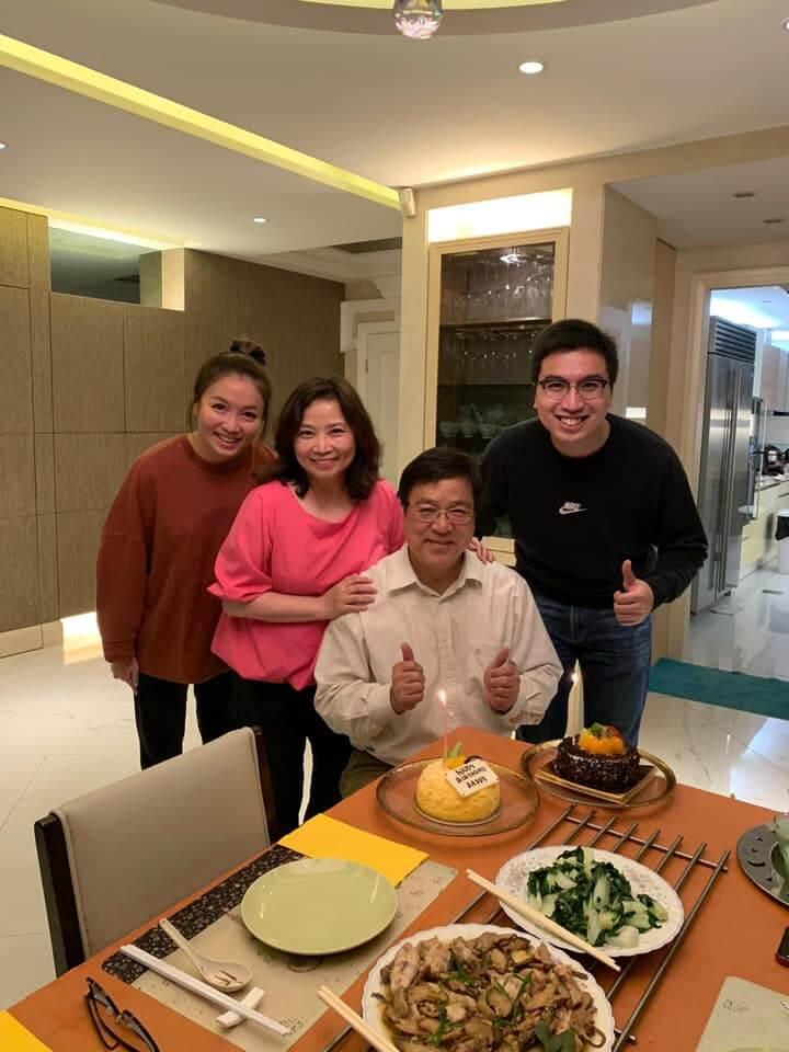 兒子和媳婦Etta為何生慶祝生日