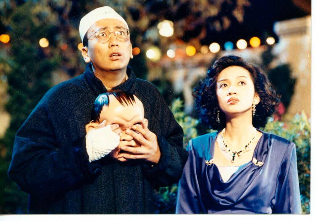 阿旦與梅艷芳在電影《亂世兒女》合作,故事以三十年代上海作為背景,是一套港產動作片。