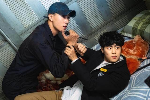李洪耐原本並未獲得試鏡邀請,得趙炳圭力薦而成功憑實力打動導演。