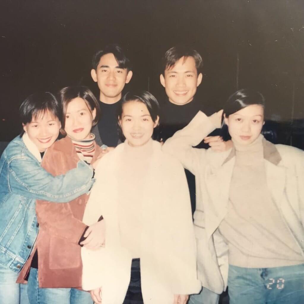 敖嘉年 (後左) 讀DJ訓練班的時候