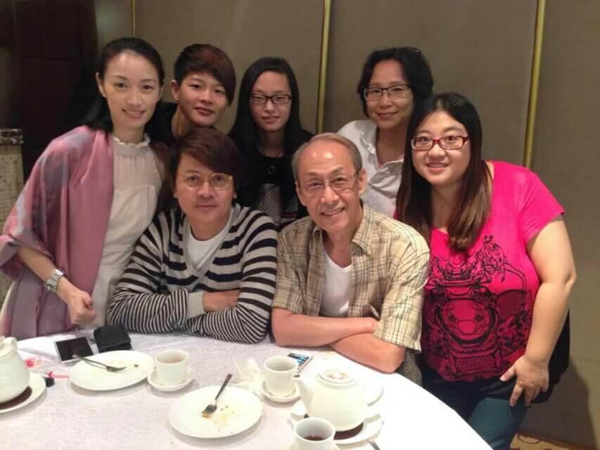 尹天照的影迷到香港,都由棠哥接送招呼,帶大家到處遊玩。