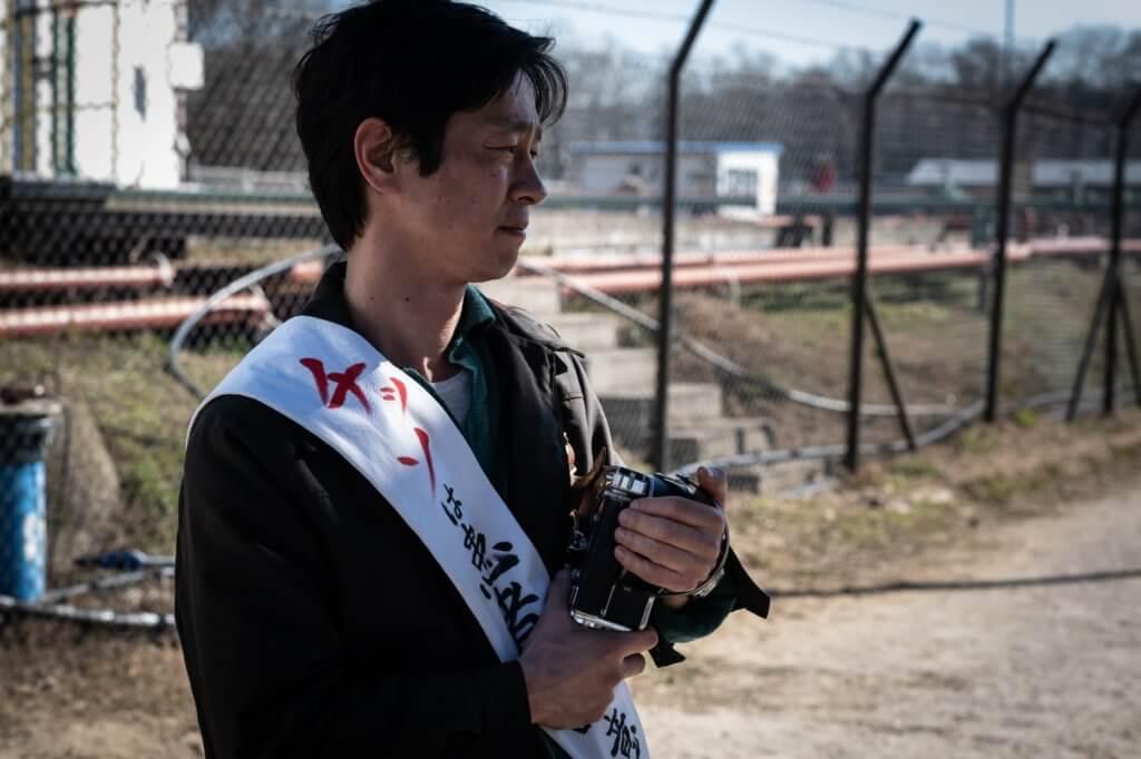 加瀨亮飾演殘障錄像師