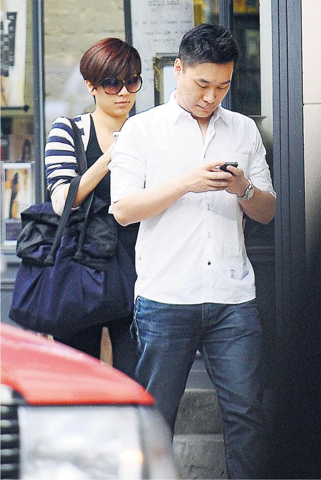 黃智雯和從事珠寶業的男友Anthony甚少公開露面,兩人拍拖九年。