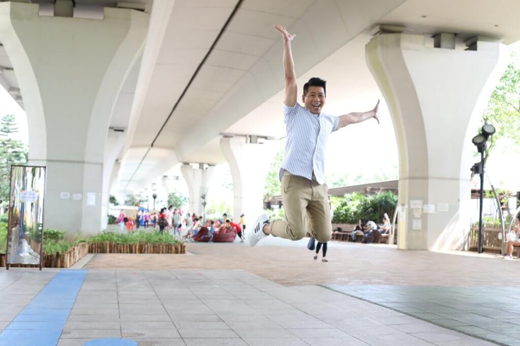 蔡國威對娛樂圈充滿熱誠,希望創一番成績。