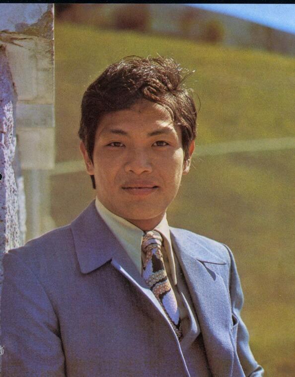 王鍾當年在邵氏獲張徹賞識,憑硬朗形像由武師轉做演員。