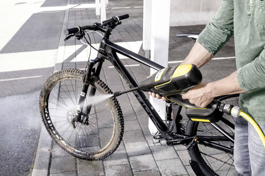 khb_5_handheld_bicycle_app_4_ci15_300-dpi-jpg