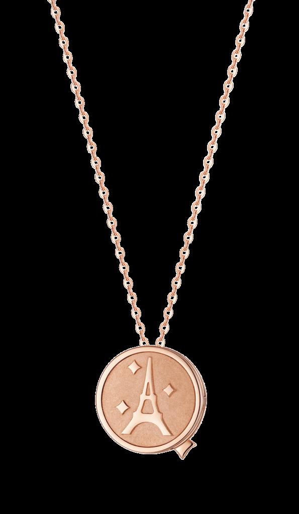 全新推出「牽動愛Love Rhythm」18K金鑽石鍊墜,雙面的巧妙設計,配以閃爍美鑽,更能釋放綺麗優雅的每一面。