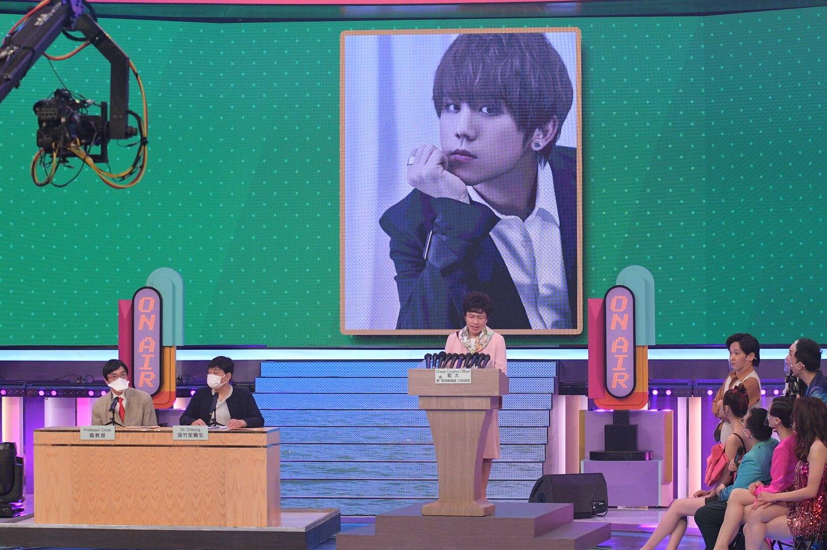 志偉曾經致電ViuTV高層魯庭暉,希望邀請姜濤亮相無綫節目,卻被拒絕。