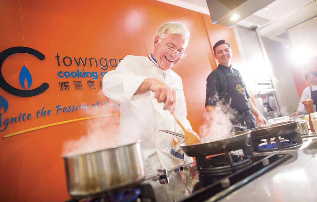 Disciples Escoffier烹飪藝術課程由大師級名廚 教授專業及傳統的法國烹飪技巧和知識。