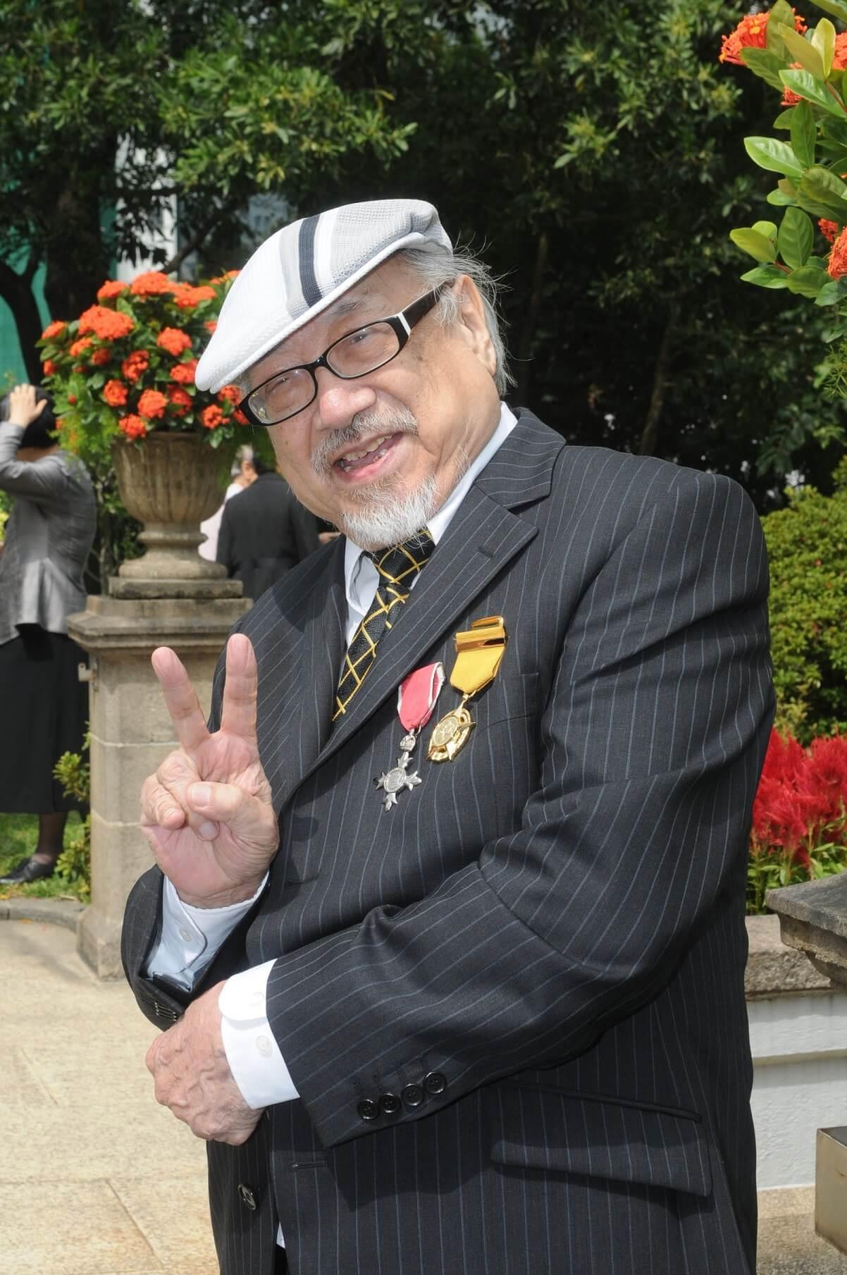 Uncle Ray於2008年獲香港特區政府頒發銅紫荊星章