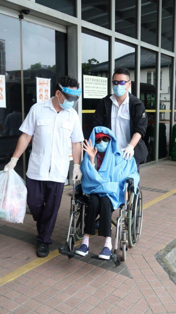 余慕蓮於上月出院