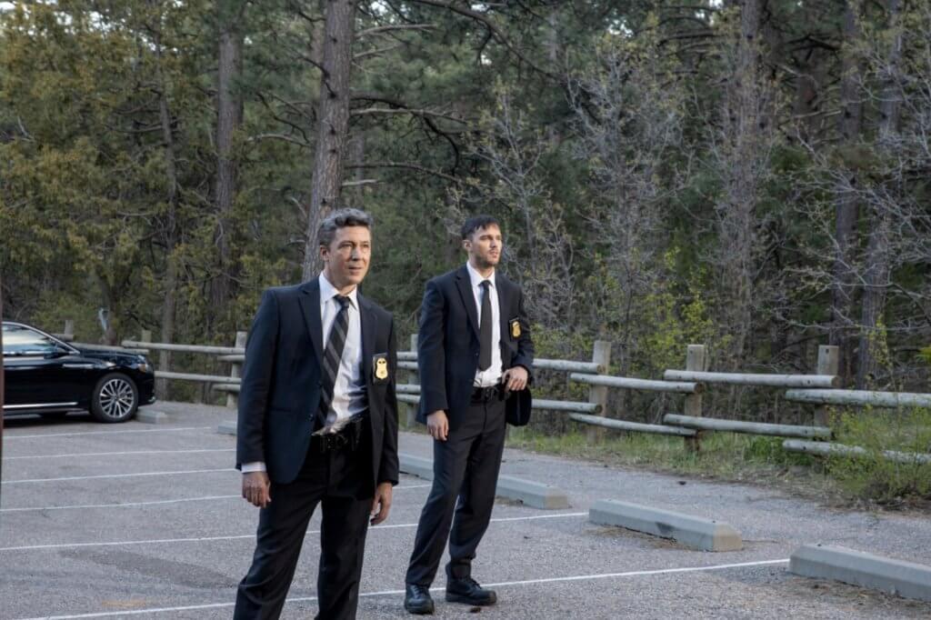 《權力遊戲》艾頓基倫(左)與《變種特攻》尼古拉斯侯特扮演的神秘殺手,心狠手辣。