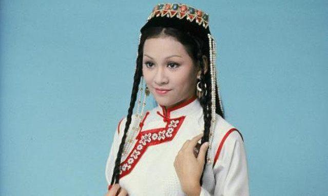 余安安十七歲演無綫劇《書劍恩仇錄》中的香香公主