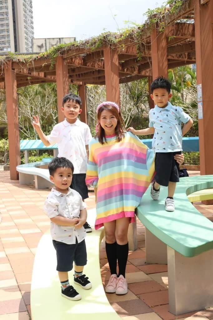 唐素琪婚後誕下三子,分別是現年七歲的長子張本弦(Ashton)、五歲的次子張中弦(Decaln)及兩歲的幼子張熹弦(Caleb)。