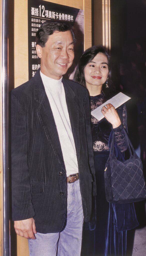 吳麗珠與許冠武拍拖十二年,曾談婚論嫁,後來她因對婚姻信心不足而分手。