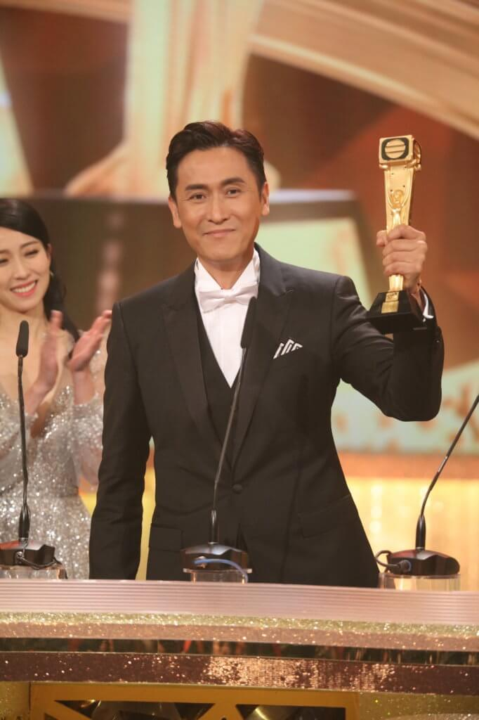 馬德鐘一八年憑《跳躍生命線》首次獲封無綫視帝,他第十六次提名視帝才成功獲獎。