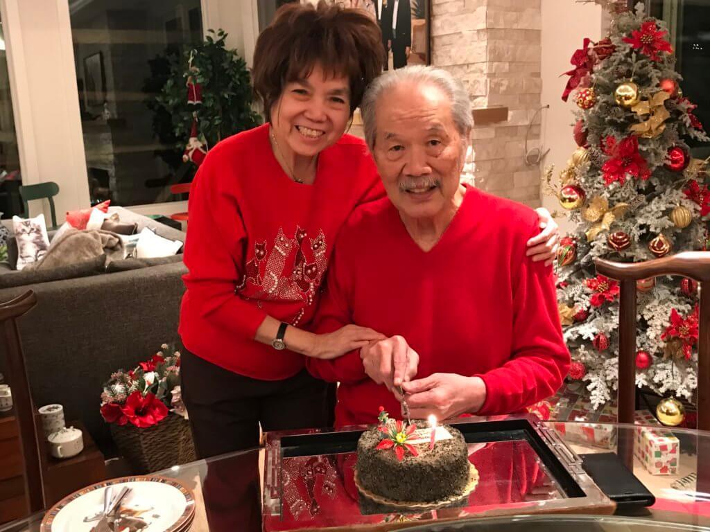 聖誕前夕是黃宜弘八十二歲生日,他與愛妻共度的最後一個生日。