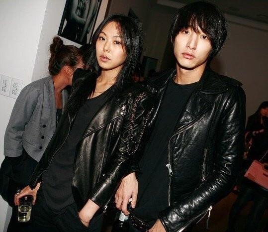 李洙赫與金敏喜曾拍拖兩年,最終和平分手。