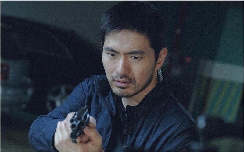 李陣郁連續拍了兩季,最後死在槍下。