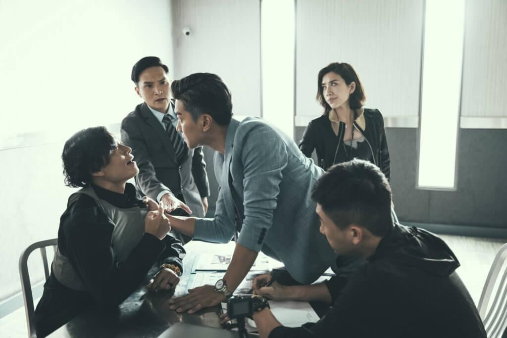 在劇集《刑偵日記》飾演江湖大佬,與重案組總督察黎諾懿經常碰面。