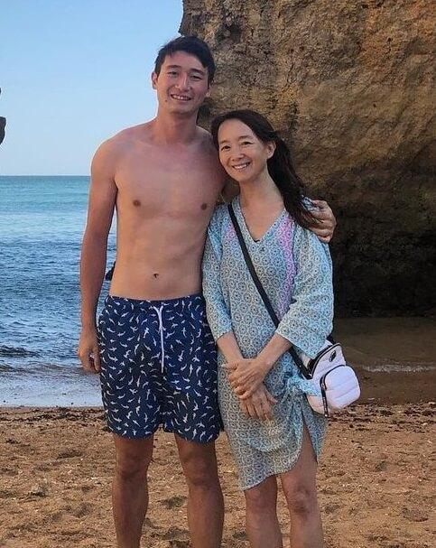 陳美齡和三仔協平去旅行,她說笑像和男朋友浪漫約會。
