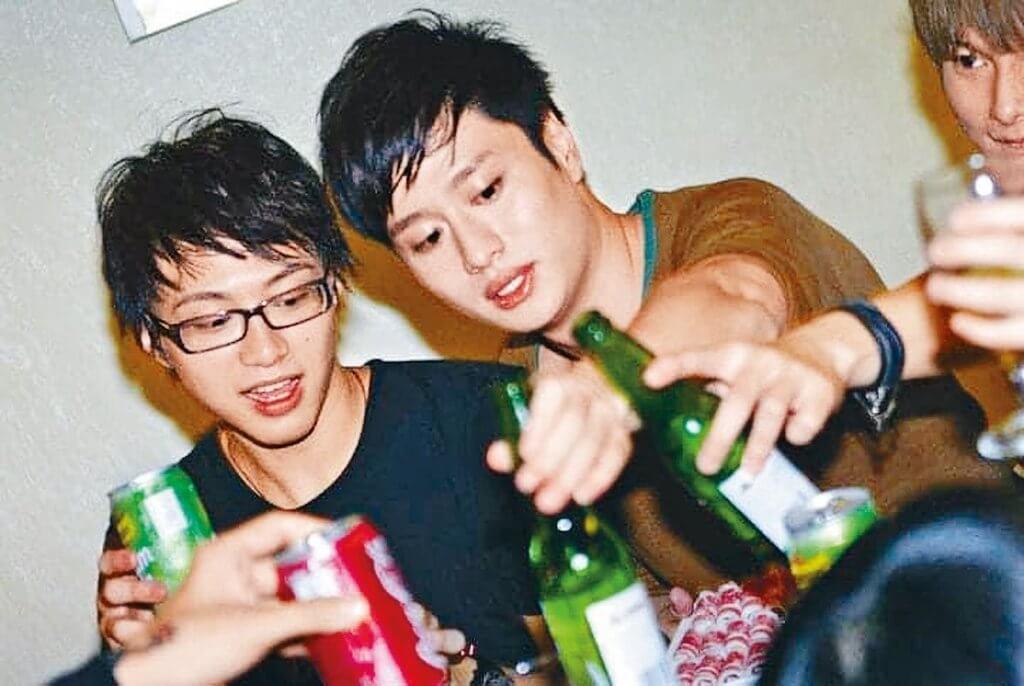謝東閔教從未飲過酒的吳業坤喝酒,原來坤哥酒量出奇地好。