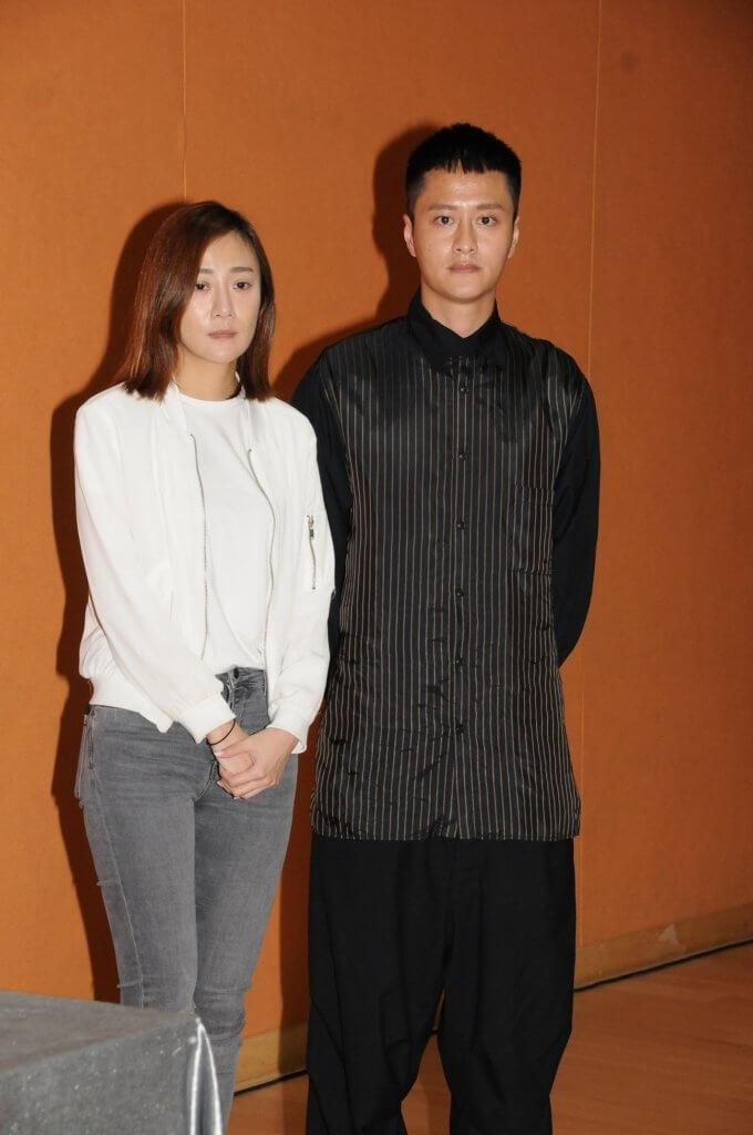 女友朱智賢捲入與有婦之夫在僻靜地方約會事件後,謝東閔伴她開記者會道歉。