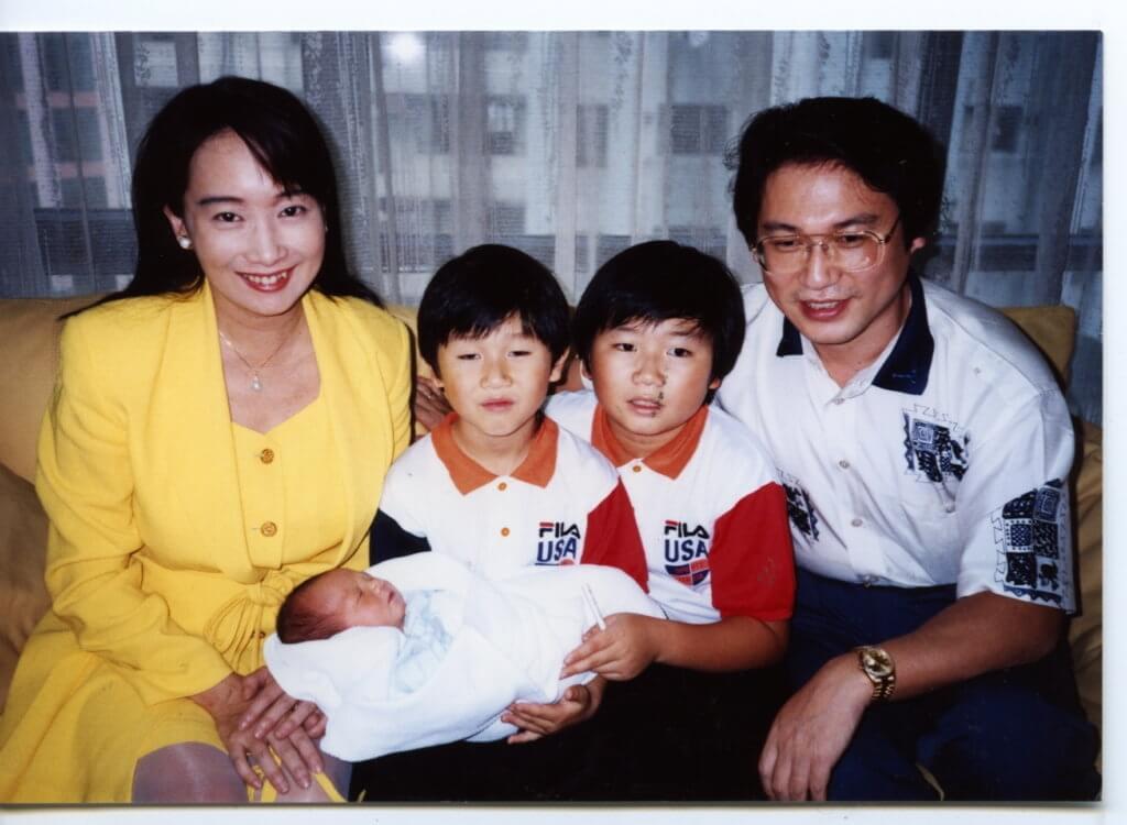 陳美齡和金子力育有三子:和平、昇平和協平