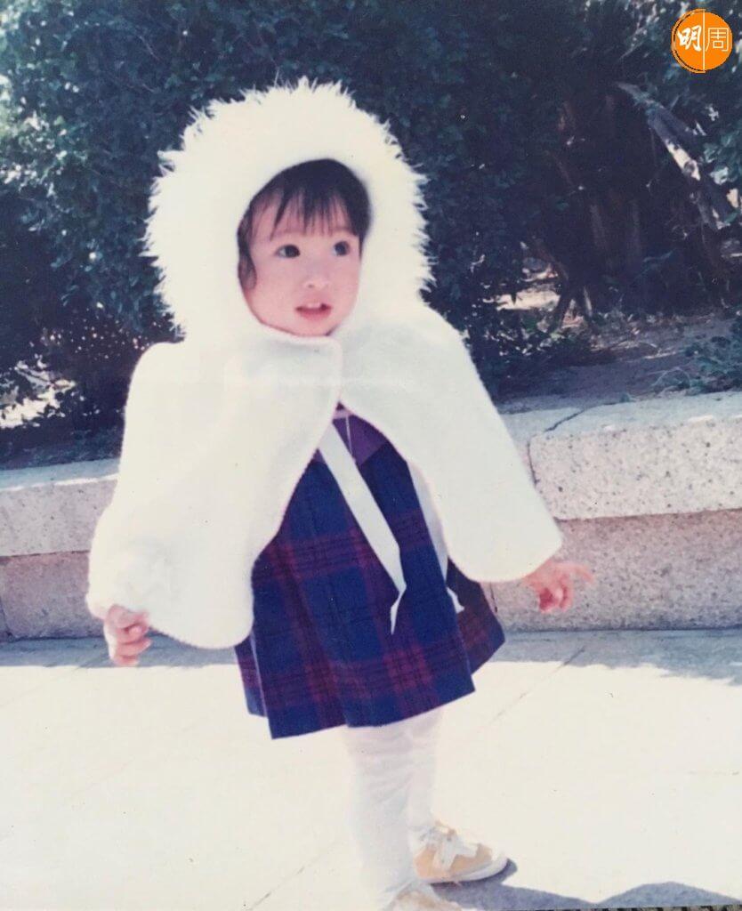 林夏薇在廈門出生,童年來香港,小時候是個美人胚子。