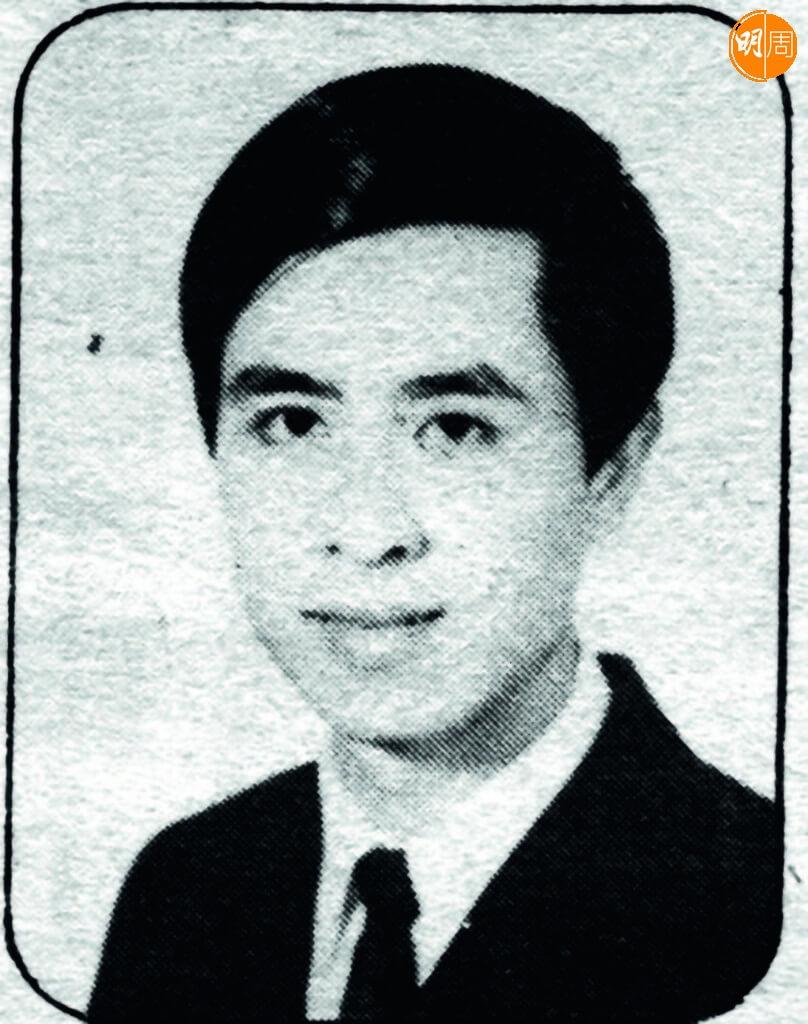 年輕時的葉振棠,一心讀商科,由澳門來港找洋行工。