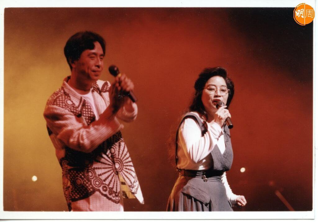 徐小鳳早被封為殿堂級歌手,和葉振棠同屬白金巨星。