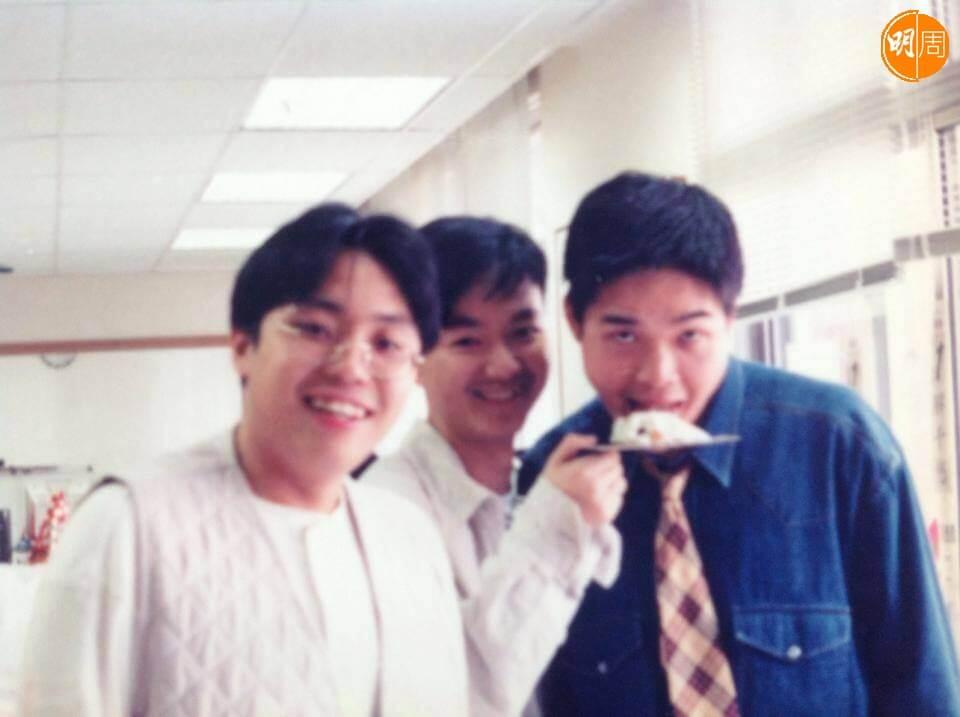 鄭啟泰初入商台時,與快必譚得志 (左)、慢必陳志全 (中) 一起主持節目。