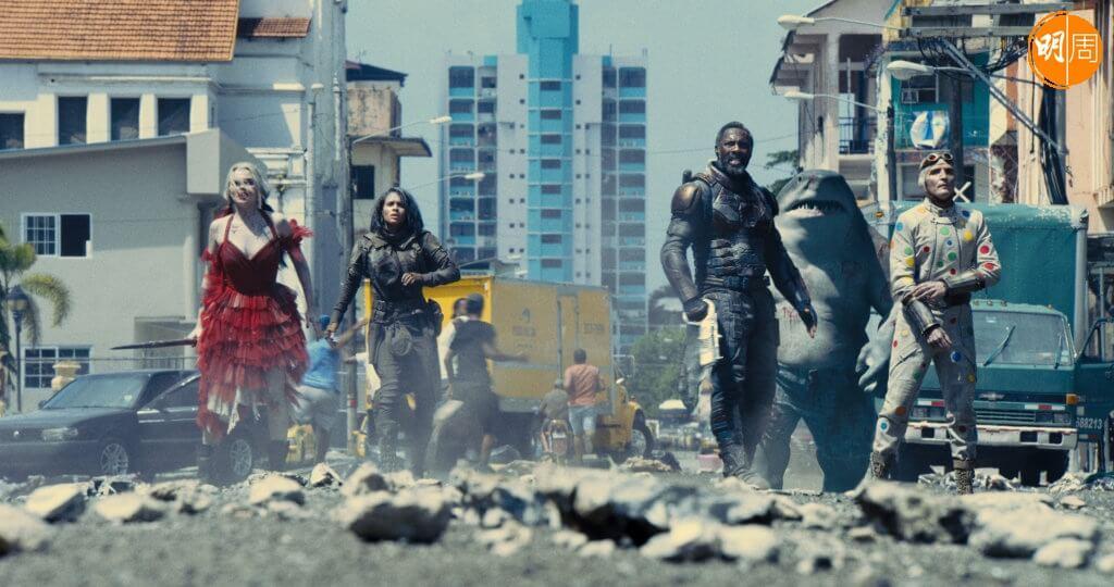 今集《自殺特攻》超級血腥暴戾瘋狂爽爆好玩,帶來超級英雄片/反英雄片全新氣象。