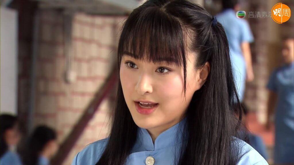陳瀅在《女人俱樂部》演陳慧珊的學生時代