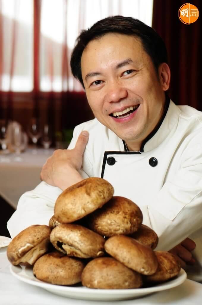 張錦祥13歲選擇不讀書,到表叔的鼓油西餐廳做學徒。
