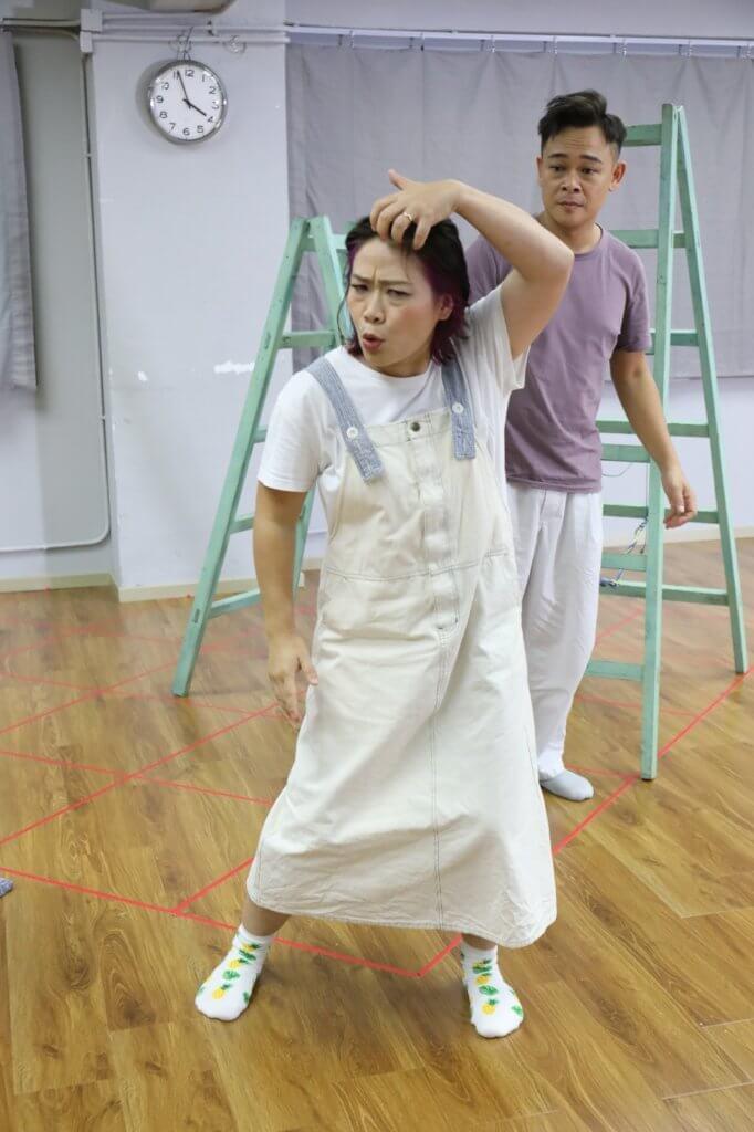 劇后邵美君稱疫情爆發後,舞台劇演出被逼腰斬,但觀眾仍然很支持他們。