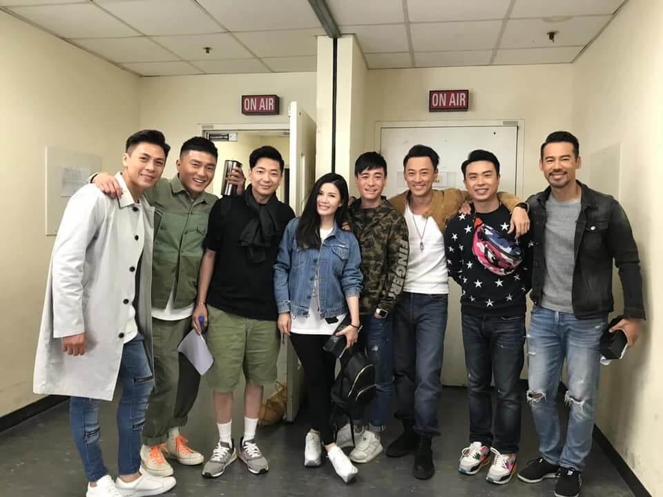 林峯、楊明、楊茜堯、徐榮、張美妮等同是第十三期訓練班,大家感情要好。