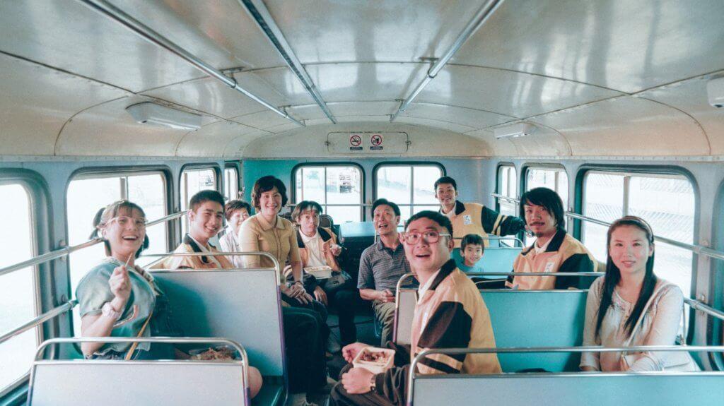 鍾雪瑩於電影《媽媽的神奇小子》飾演張繼聰妹妹。