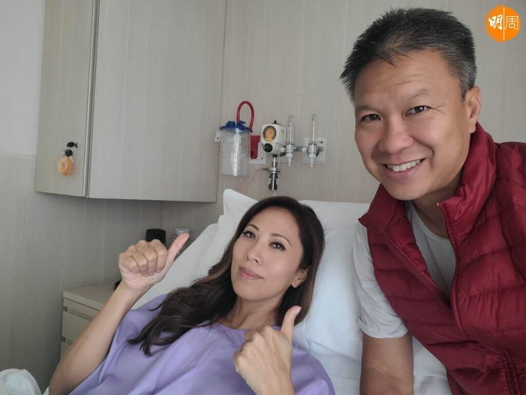 Joyce今年八月檢查證實患上乳癌,之後入院做了一個近九小時的手術,將雙乳切除。