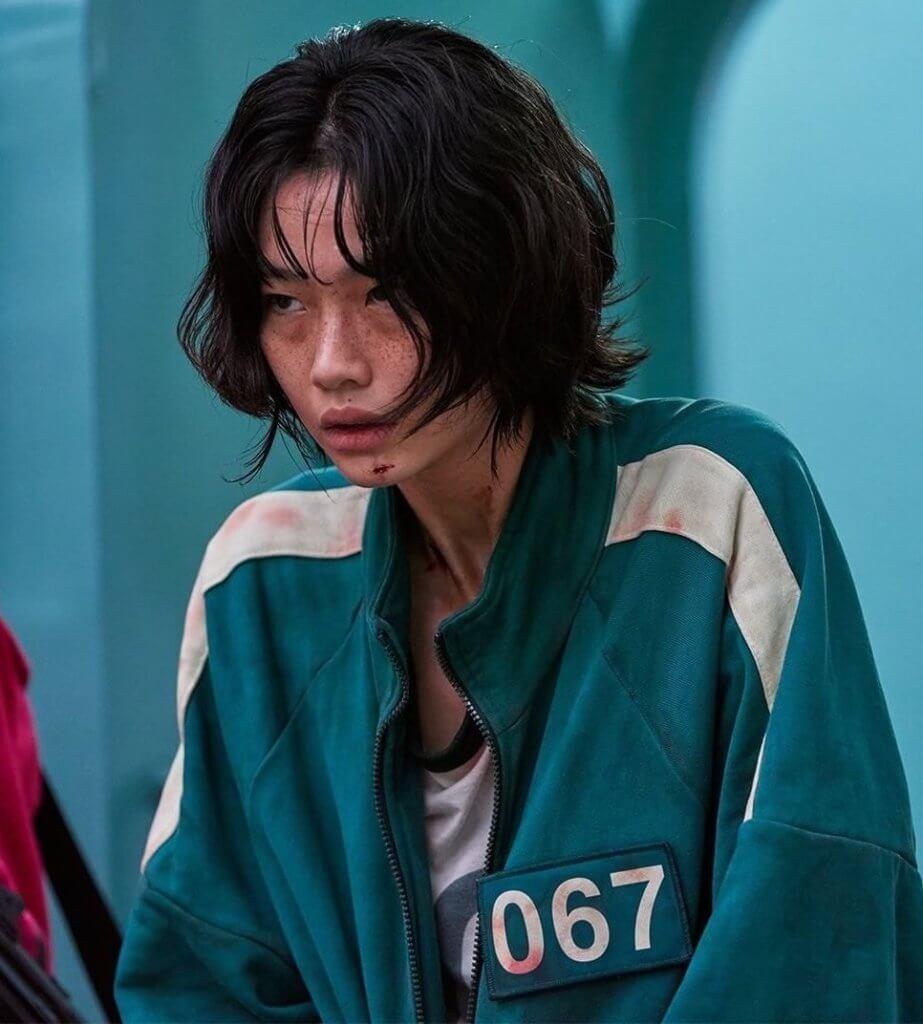 鄭浩妍在劇中飾演絕望厭世的脫北者,演出令人動容。